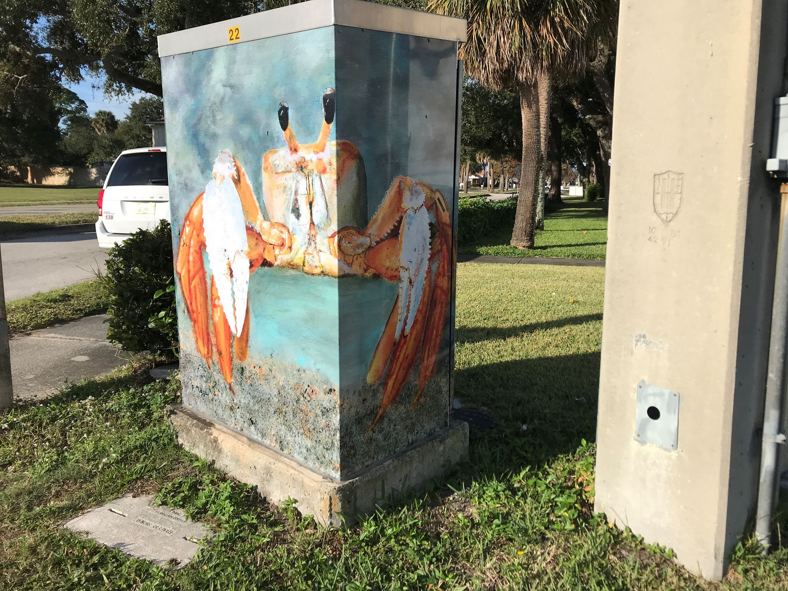 Photo of Ghost Crab Artwork on Traffic Box at Rosa L. Jones Blvd. and Fiske Blvd.